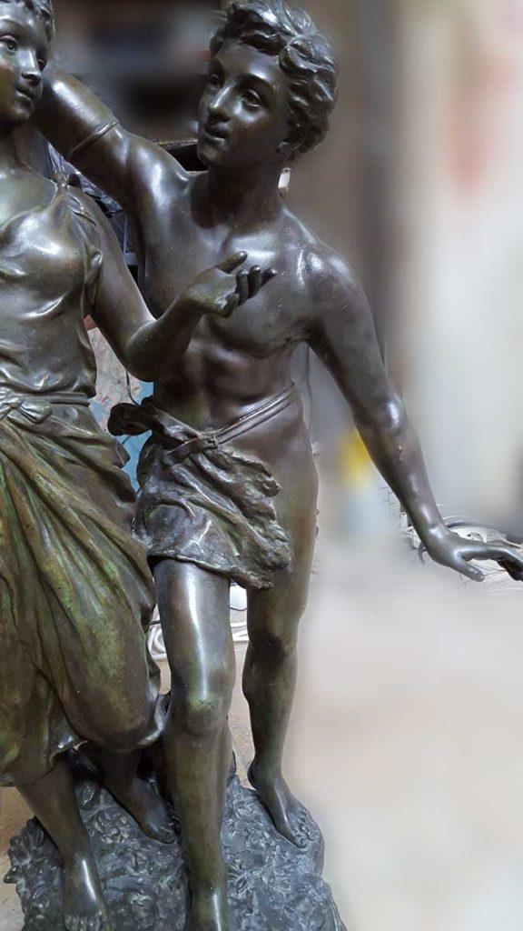 bronz heykel tamiri